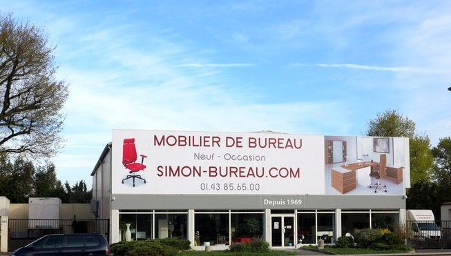 Showroom meubles de bureau accessible