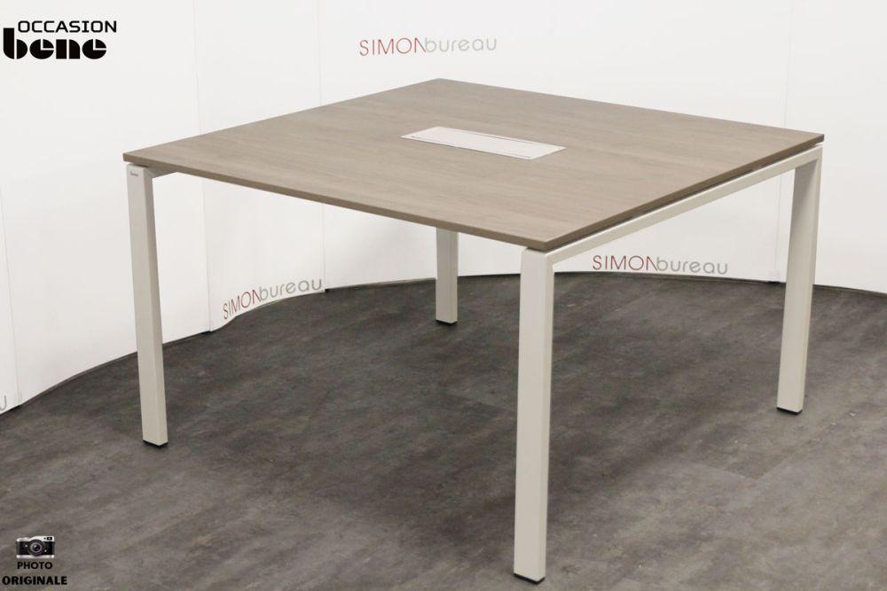 table de r union bene. Black Bedroom Furniture Sets. Home Design Ideas
