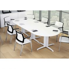 table ovale de bureau